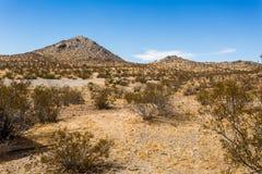 Paysage de montagne de désert de CA de vallée d'Apple photographie stock libre de droits