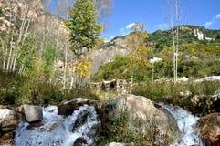 Paysage de montagne d'automne Photo stock