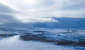 Paysage de montagne d'hiver Photo stock