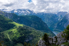Paysage de montagne dans les Alpes bavarois image stock