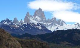 Paysage de montagne de Fitz Roy avec la neige Chalten, Argentine Photos libres de droits