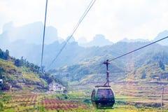 Paysage de montagne de parc national de Zhangjiajie, porcelaine photos stock
