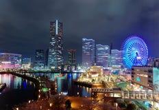 Paysage de nuit de région de baie de Minatomirai dans la ville de Yokohama Photographie stock libre de droits
