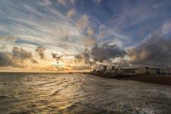 Paysage de plage de Brighton le soir photographie stock libre de droits