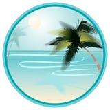 Paysage de plage d'été avec des paumes dans rond Photos libres de droits