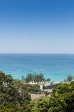 Paysage de plage tropicale d'île avec parfait Image stock