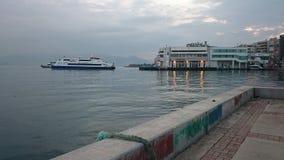 Paysage de port de Karşıyaka Photos stock