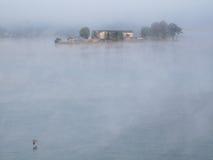 Paysage de propriété de bord du lac Photo stock