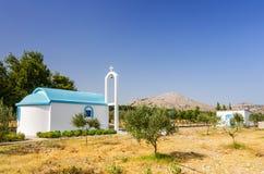 Paysage de Rhodes avec le bâtiment traditionnel de temple Photographie stock