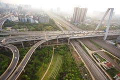 Paysage de route de pont de viaduc de ville Images libres de droits