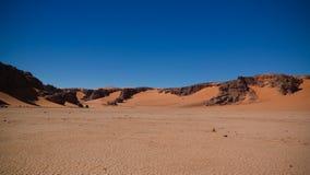 Paysage de sculpture en nature de dune et de grès de sable chez Tamezguida en parc national de nAjjer de Tassili, Algérie photographie stock