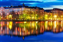 Paysage de soirée de Helsinki, Finlande Image libre de droits