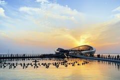 Paysage de Suzhou - plate-forme de lac de lecture Images libres de droits