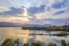 Paysage de Tiger Mountain Reservoir de noir de Shandong Qingzhou image libre de droits
