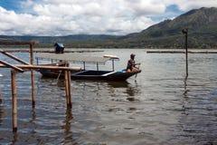 Paysage de volcan et de lac Batur de Batur Photos libres de droits