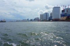 Paysage de vue de rivière de Sumida La rivière de Sumida est une rivière qui traverse Tokyo images libres de droits