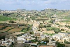 Paysage des champs en terrasse à l'île Gozo, Malte Images stock