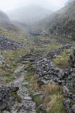 Paysage dramatique d'Autumn Fall des collines rocheuses en vallées de Yorkshire Photos libres de droits