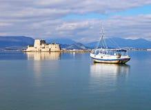 Paysage du château vénitien Bourtzi chez Nafplio Argolis Grèce image libre de droits
