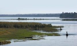 Paysage du Nil de rivière entre Assouan et Louxor Photographie stock libre de droits