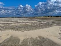 Paysage dunaire et cumulus photos libres de droits