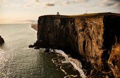 Paysage ensoleillé en Islande falaise images libres de droits