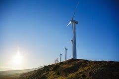 Paysage espagnol de village avec des moulins à vent Photos libres de droits