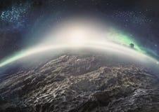 Paysage extraterrestre de planète glaciale éloignée avec des nébuleuses Photo libre de droits
