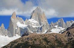 Paysage glaciaire de montagne dans le Patagonia Images stock
