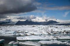 Paysage glaciaire Vatnajokull 2 de neige de nature de lagune de Jokulsarlon de lac de glacier de l'Islande Images stock