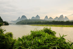 Paysage idyllique de porcelaine de rivière de Li Photo stock