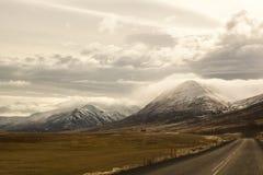 Paysage impressionnant de montagne de volcan en Islande Image libre de droits