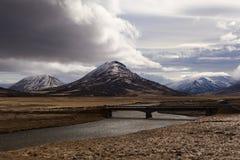 Paysage impressionnant de montagne de volcan en Islande Photo libre de droits