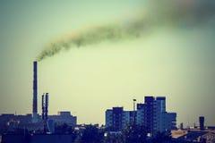 Paysage industriel avec une puissance thermique Photo libre de droits