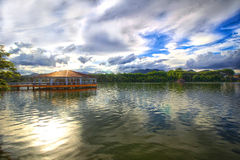 Paysage - lac Serian Photographie stock