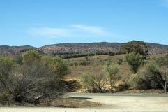 Paysage le long de manière de gammes de ` de Flinders, au nord de colporteur, Australie du sud photographie stock libre de droits