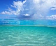 Paysage marin à doses égales de l'océan pacifique plus de dessous Image libre de droits