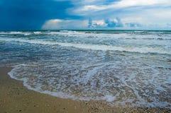 Paysage marin avant la pluie Photos stock