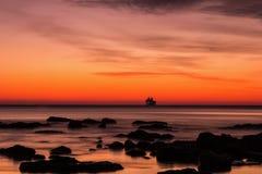 Paysage marin avant lever de soleil Photographie stock libre de droits