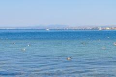Paysage marin avec de l'eau bleus océan de deap Images libres de droits