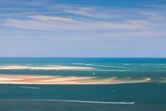 Paysage marin avec des yachts et des bateaux Photo libre de droits
