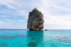 Paysage marin d'île de roche chez Krabi, Thaïlande Photographie stock