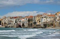 Paysage marin de Cefalu Photographie stock libre de droits