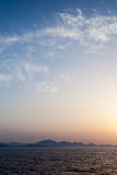 Paysage marin de coucher du soleil en Sardaigne Images stock