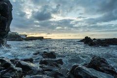 Paysage marin entrant de marée photographie stock libre de droits