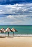 Paysage marin : L'Italie, Abruzzo, marina de sud de Pescara Image libre de droits