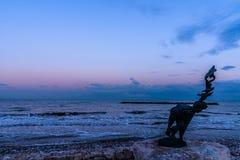Paysage maritime, crépuscule en Italie Photo libre de droits