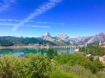 Paysage Montagnes et lac photographie stock libre de droits