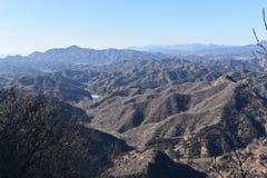 Paysage montagneux à la Grande Muraille dans Jinshanling en hiver près de Pékin en Chine image libre de droits