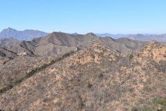 Paysage montagneux à la Grande Muraille dans Jinshanling en hiver près de Pékin en Chine photos libres de droits